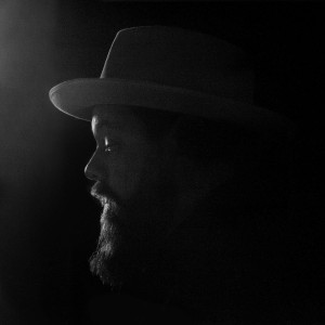 NATHANIEL RATELIFF & THE NIGHT SWEATS-TEARING AT THE SEAMS (WHITE VINYL)